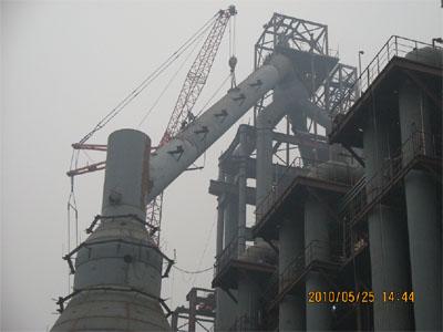 德钢1350m3高炉本体安装工程完成
